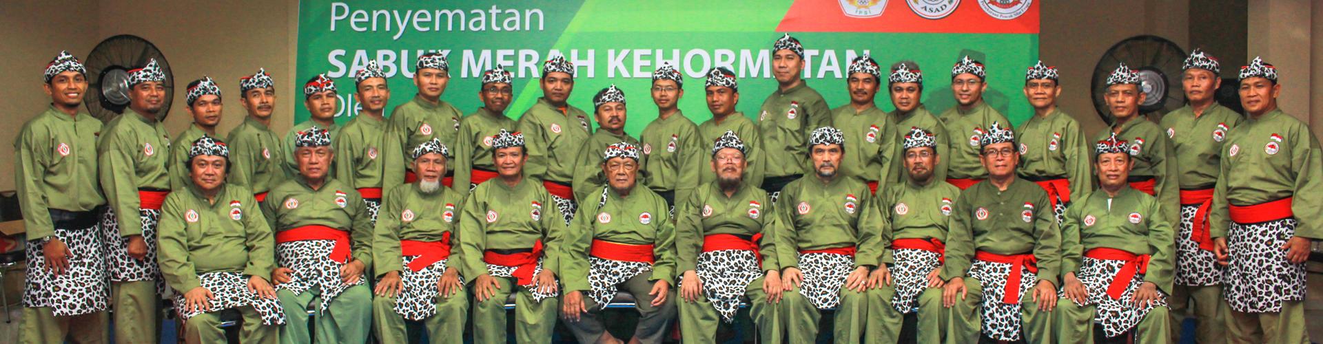 Penyematan Sabuk Merah Kehormatan